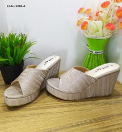 Ladies Fashionable Sandal - 2380-A