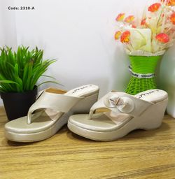 Ladies Fashionable Sandal - 2310-A