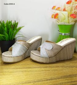 Ladies Fashionable Sandal - 2350-A