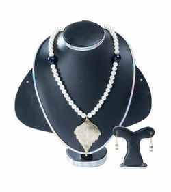White and Black Stone Pearl Handmade Jewellery Set For Women(JS_45)